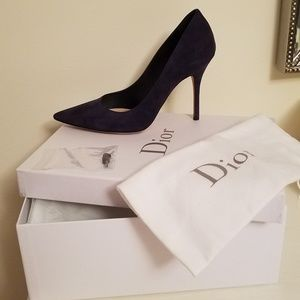 CHRISTIAN DIOR NAVY BLUE SUEDE POINTED TOE PUMP